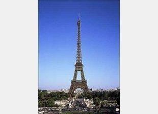 برج ايفل يكتسي حلة جديدة أكثر مراعاة للبيئة