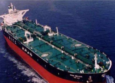 القاهرة تنفي نيتها استيراد النفط من ايران