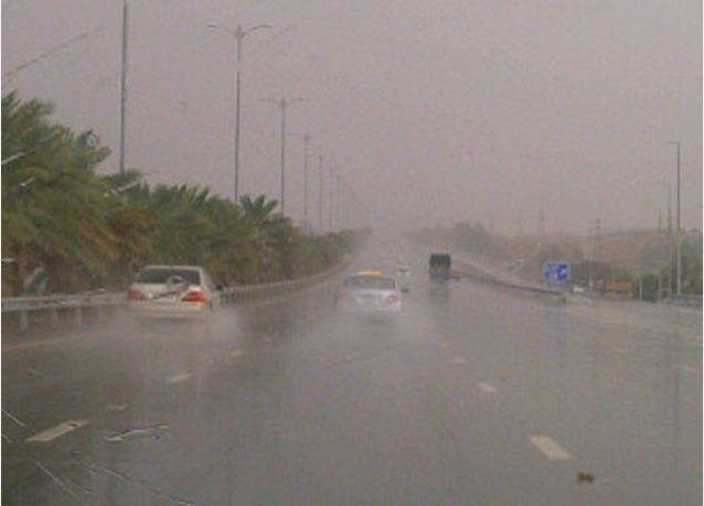 بالصور: أمطار الخير في العين
