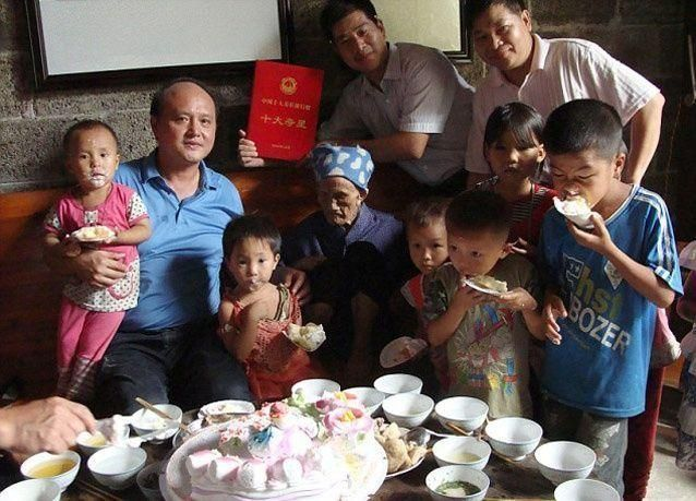 بالصور: صينية تبلغ 127 عاماً أكبر امرأة على قيد الحياة