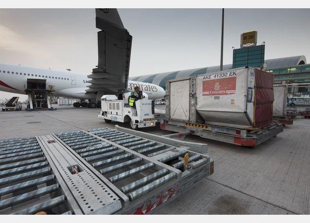مطارات دبي: توسعات ضخمة في الشحن والخدمات اللوجستية