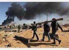 موظفو مصفاة النفط الرئيسية في غرب ليبيا يهددون بالإضراب
