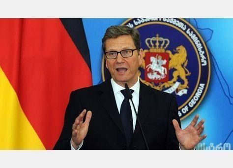 ألمانيا تطالب بالإفراج عن «مرسي» والسماح للصليب الأحمر بالوصول إليه