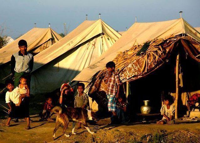أوباما يحث ميانمار على وقف العنف ضد المسلمين