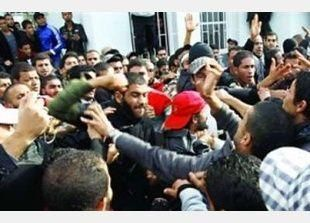 قتيل في اشتباكات بين باعة متجولين والشرطة في مدينة تونسية