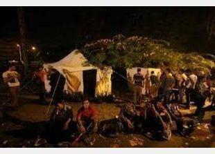 اشتباكات قوية بين المعتصمين والإخوان أمام قصر الرئاسة
