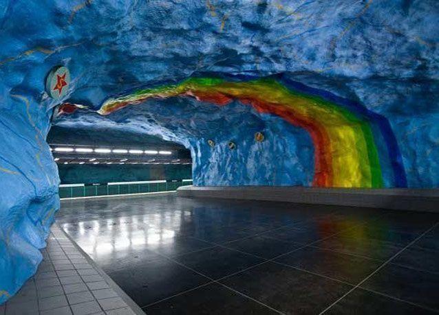 بالصور: مترو أنفاق ستوكهولم.. الأجمل في العالم