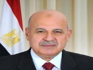 مرسي مستعد لتأجيل الاستفتاء بشرط عدم الطعن أمام القضاء