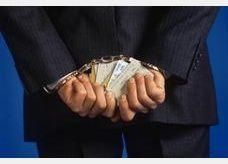 الامارات تبحث امكانية إلغاء رسوم بطاقات الائتمان على الخدمات التجارية