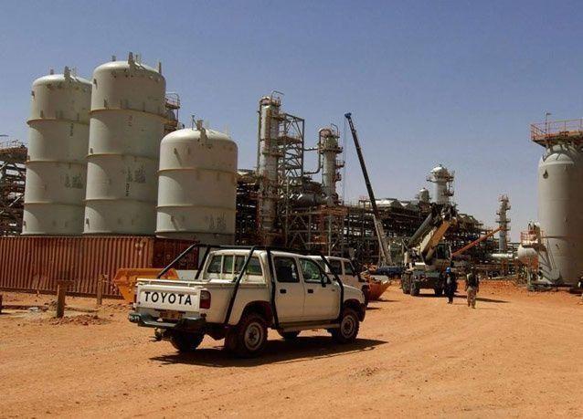قتيلان في هجوم لمتشددين إسلاميين على خط لأنابيب النفط في الجزائر