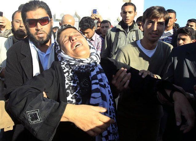 بالصور: تشييع جثامين سبعة سوريين قضوا حرقاً في مخيم للاجئين في الأردن