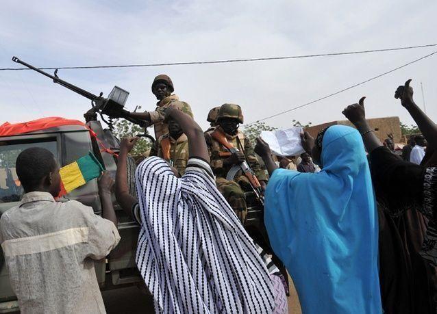 بالصور : احتدام المعارك بين القوات الفرنسية والإسلاميين في مالي