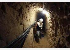 مصر دمرت 300 نفق.. وأزمة الوقود تخنق غزة
