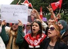 المعارضة التونسية تدرس تشكيل حكومة انقاذ وطني