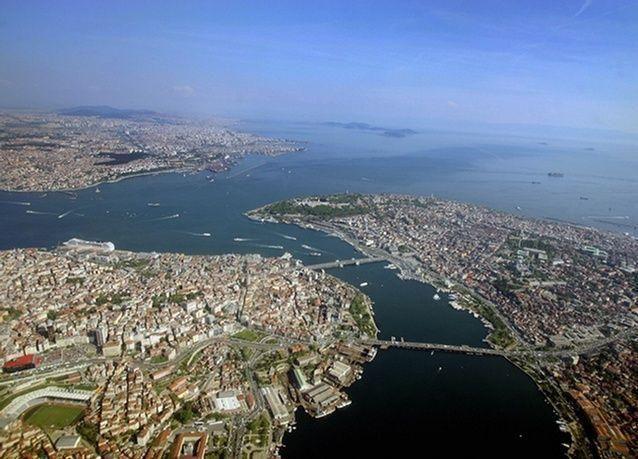 تركيا تسبح بالظلام مع انقطاع واسع النطاق للكهرباء في مدن وأقاليم عديدة