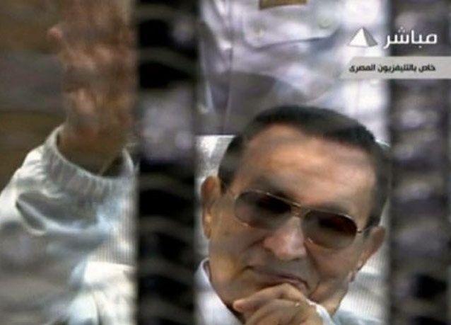 مبارك في أول مقابلة صحفية له: مرسي يواجه مهمة صعبة