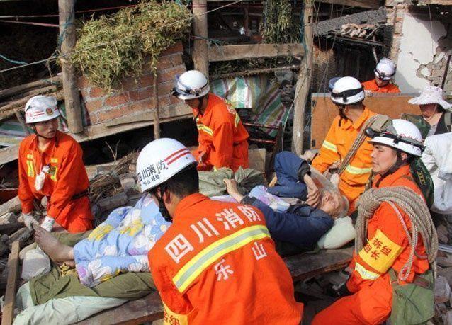 مقتل 22 واصابة المئات في زلزال بالصين