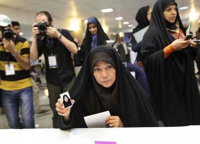 منع ترشيح النساء للرئاسة في إيران
