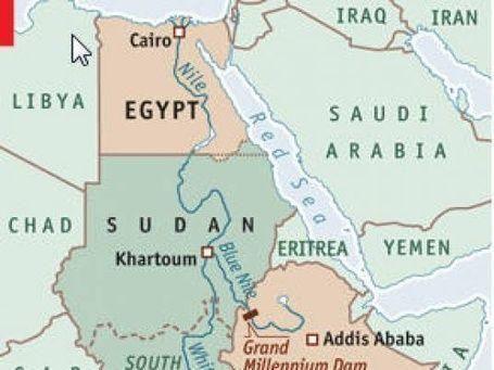 كاتب إثيوبي يدعو لطرد المصريين من أفريقيا