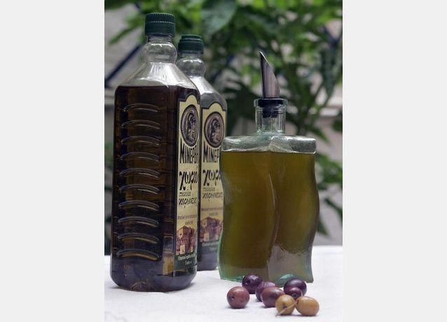 رغم الكارثة الإقتصادية٬ صراع أوروبي حول شكل زجاجة زيت الزيتون!