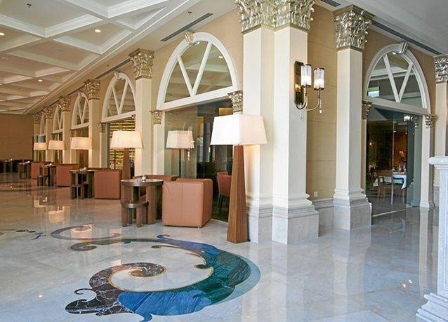 جولة مصورة داخل فندق ريتز كارلتون أبوظبي