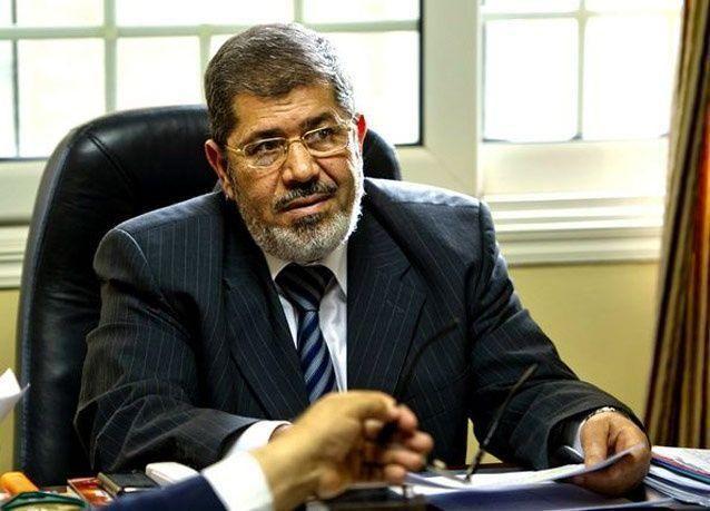 رويترز: مصر تعلن تحقيقا جنائيا مع مرسي