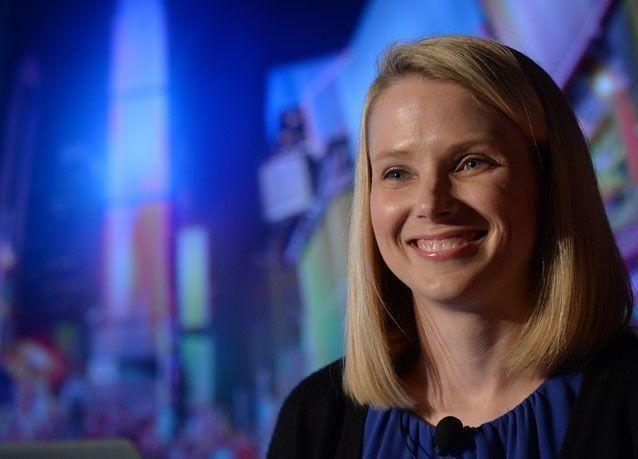 مديرة Yahoo تخشى السجن بتهمة الخيانة العظمى