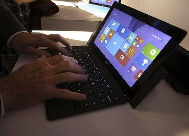 """بالصور: مايكروسوفت تكشف عن جهازها اللوحي الجديد """"سورفيس 2"""""""