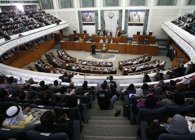 برلمان الكويت يصوت لصالح التحقيق في صفقة مع ايرباص ومشروع للكهرباء