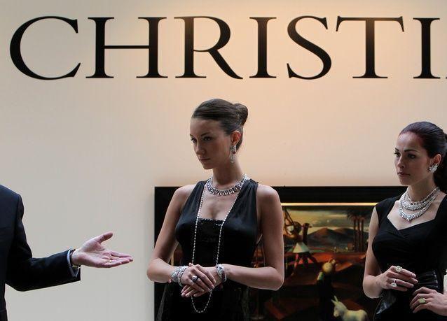 كريستيز تبدأ موسم مزادات 2014 بمبيعات قياسية