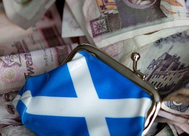 بريطانيا تحذر اسكتلندا: الانفصال يعني خسارة الجنيه الاسترليني