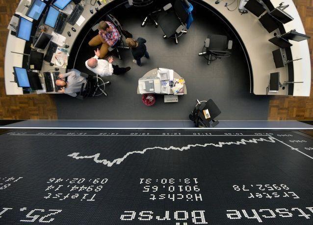 الأسهم الأوروبية ترتفع بدعم تدفقات مالية قياسية