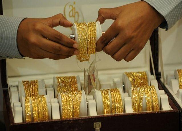 الذهب يقفز أكثر من 2% بفعل أزمة أوكرانيا