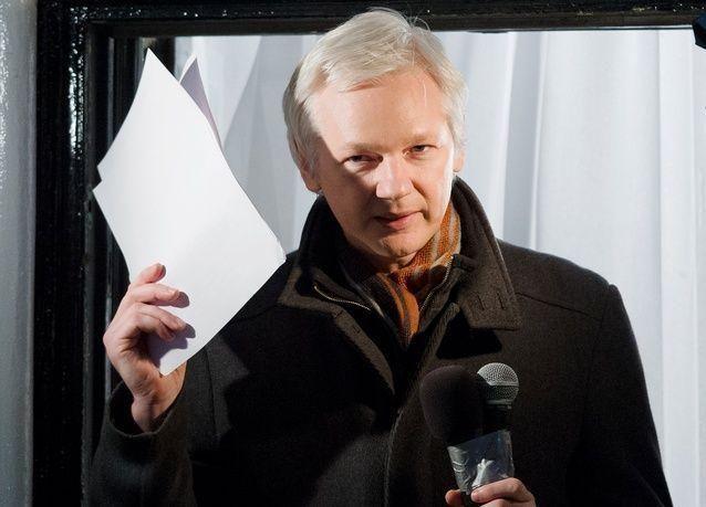 الادعاء العام السويدي يطلب استجواب جوليان أسانج في لندن