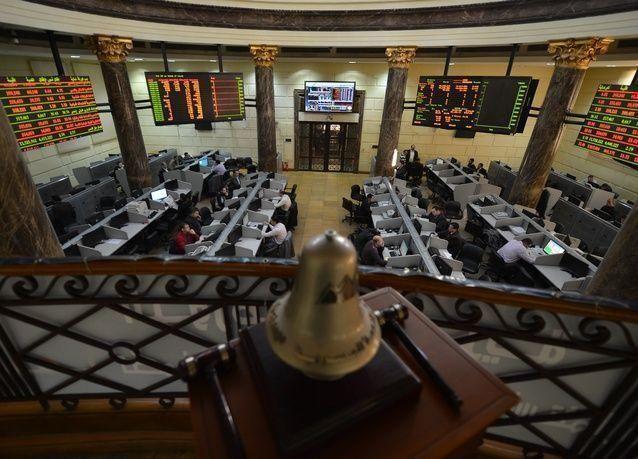 البورصة المصرية تترنح بعد الكشف عن خطط لفرض ضرائب جديدة