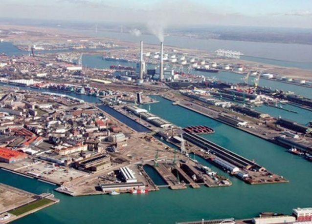 الإمارات : ترليون و632 مليار درهم التجارة الخارجية غير النفطية للدولة خلال 2014