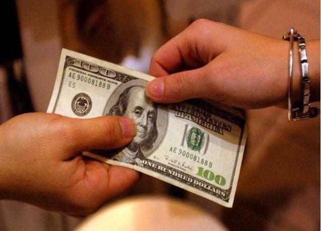 دراسة: مليونيرات العالم يزدادون عددا وثراء
