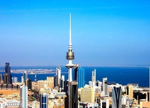 بالصور: الوافدون والمواطنون في الخليج