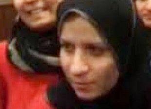 """مواقع تنشر صورة مفترض أنها لزوجة """"خليفة"""" داعش"""