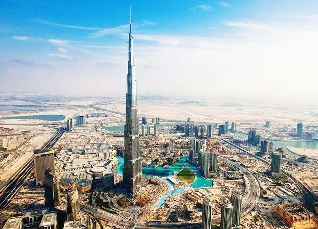 الإمارات الثالثة عالمياً بين أفضل 10 دول للإقامة