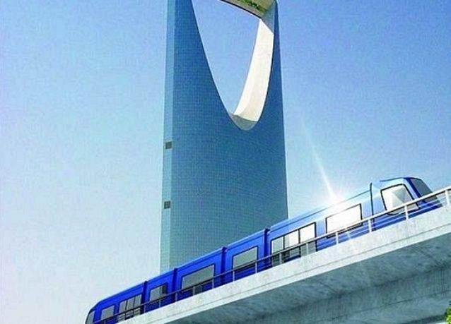 """بالصور: مجسمات لـ """"مترو الرياض """" من داخل المصنع"""