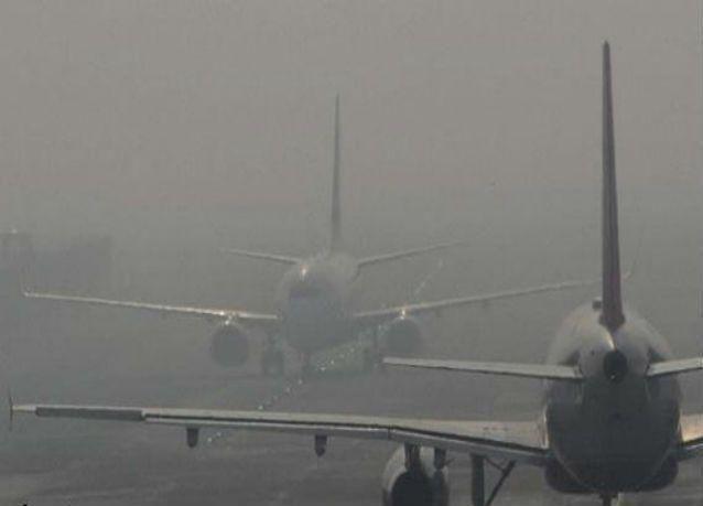 الضباب يعطل الرحلات في مطار أبوظبي الدولي