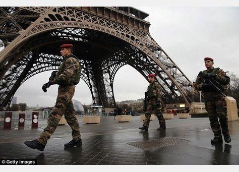 خطة لإقامة حاجز زجاجي حول برج إيفل لحمايته من هجمات إرهابية