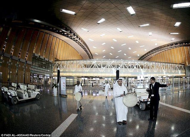 بالصور: هل يُعتبر مطار حمد الدولي في قطر الأفخم عالمياً؟!