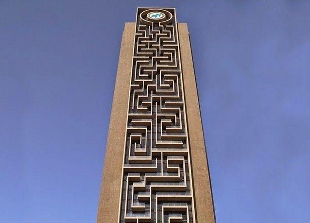 بالصور: دبي تحتضن أطول متاهة عمودية في العالم