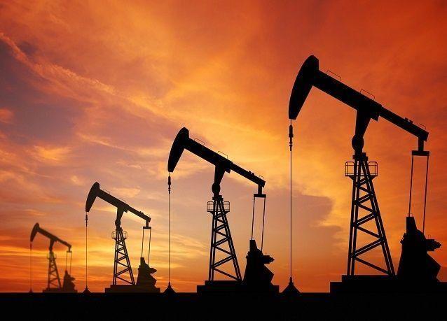 تراجع أسعار النفط اليوم بسبب ضعف توقعات النمو الاقتصادي