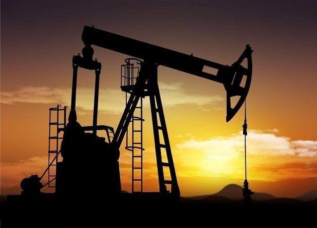 النفط يرتفع لأعلى مستوياته في 2015