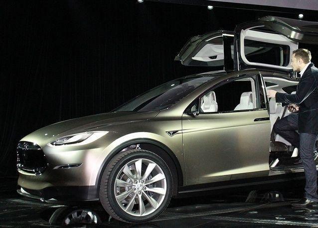بالصور: الأثرياء سيهجرون السيارات الصغيرة لصالح السيارات متعددة الأغراض