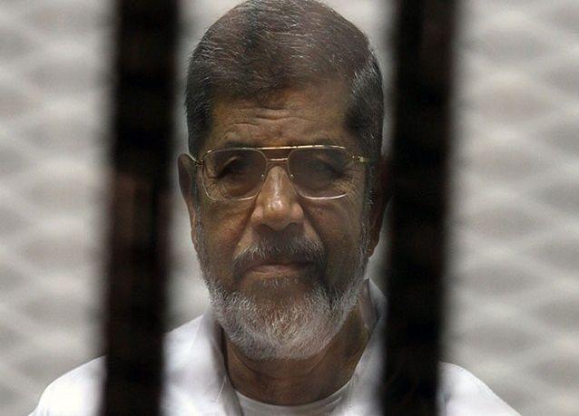 5  سيناريوهات للحكم على مرسي غدا