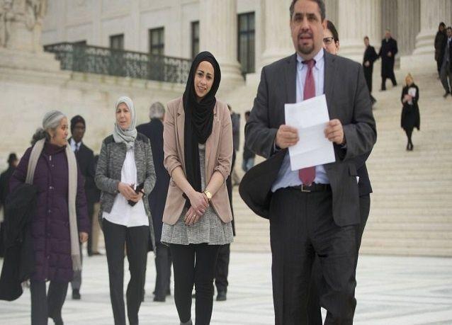 """أميركا: إدانة شركة ملابس """"مثيرة"""" رفضت توظيف محجبة"""